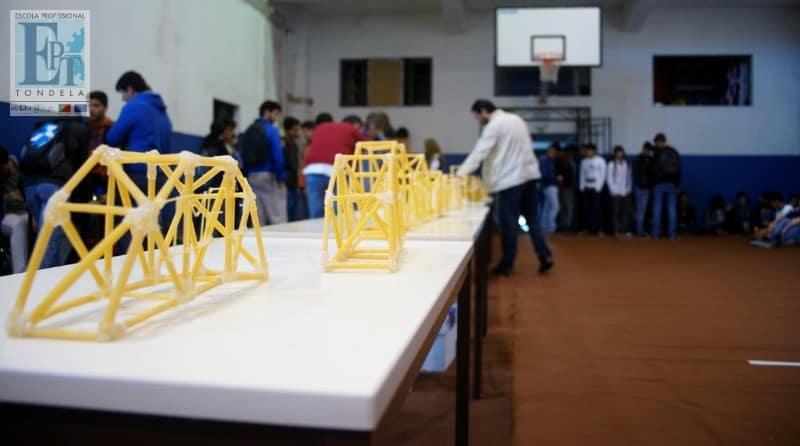 3º Spaghetti Bridge Contest [Fotos no Facebook]